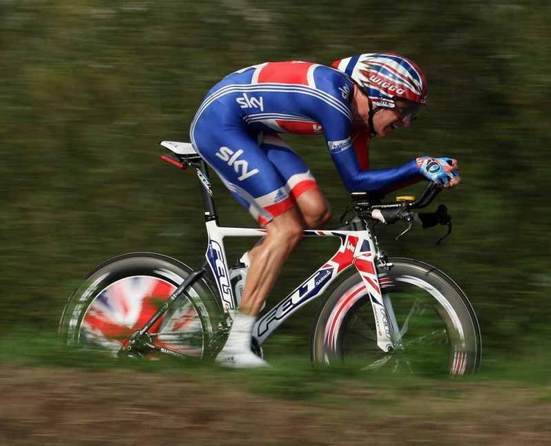 Brad Wiggins in action during the 2009 world championships