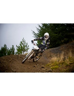 Berm rider