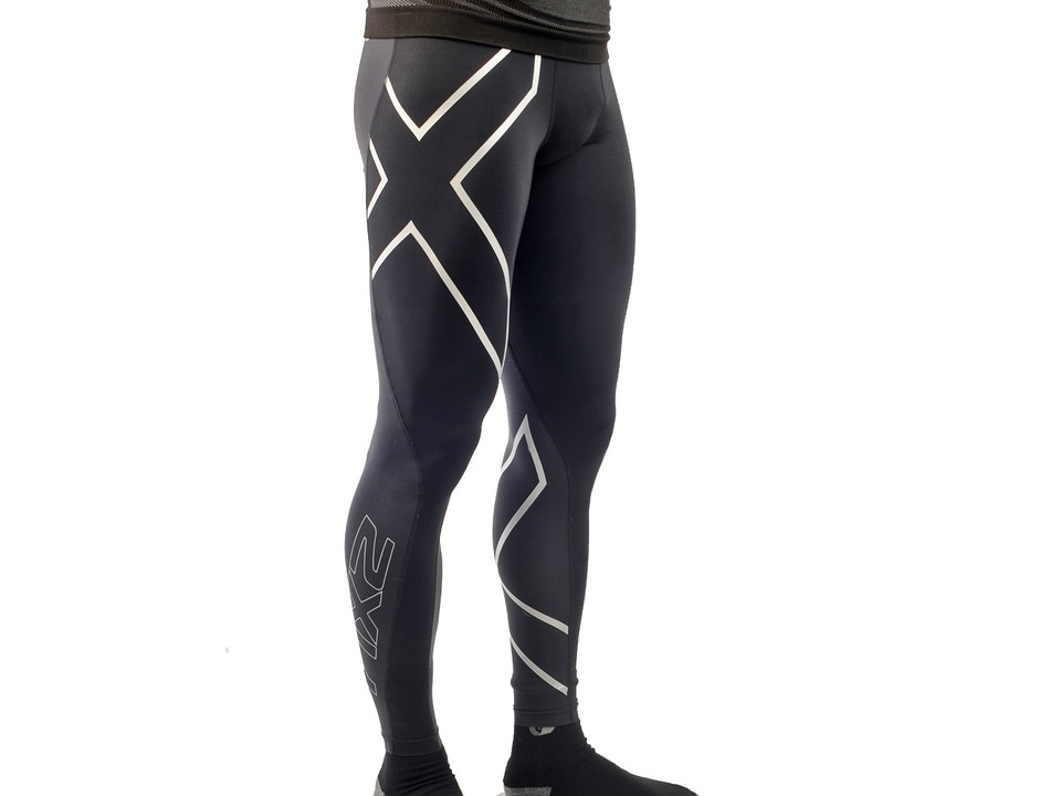 1b6a2bdaae079b The 2XU Elite Compression Tights muster up an impressive amount of squeeze  given its paper-