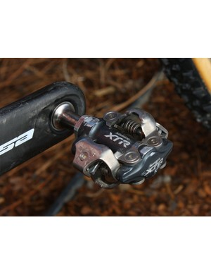 Trusty Shimano XTR pedals are highly respected for their bulletproof reliability