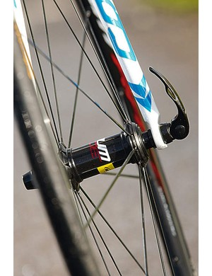 Aksium wheels run silky smooth on cartridge bearings with straight-pull spokes holding them taught
