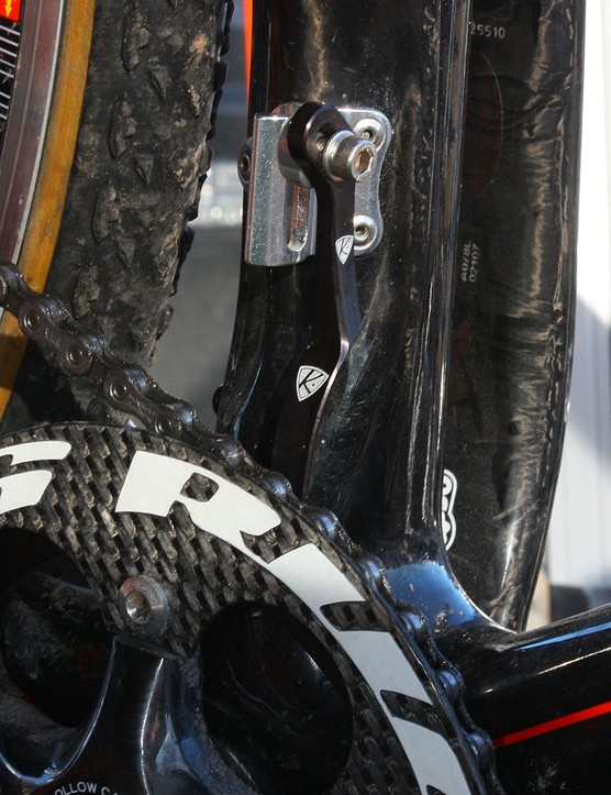 AceCo intend for their standard-version K-Edge chain catcher to be used with a two-ring crankset but here it's been adapted for single-ring use