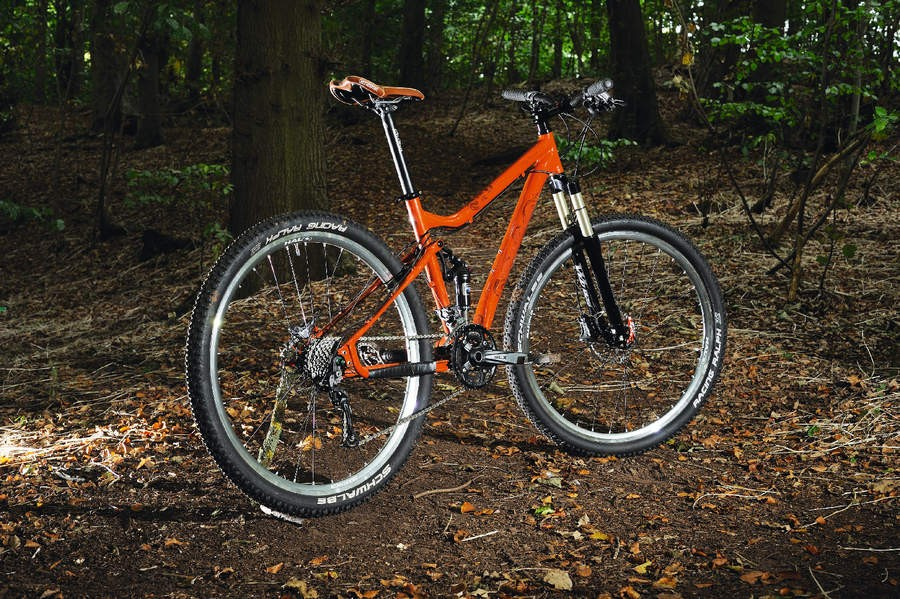 The Mama is a big wheeler that offers both fast handling and steady cruising