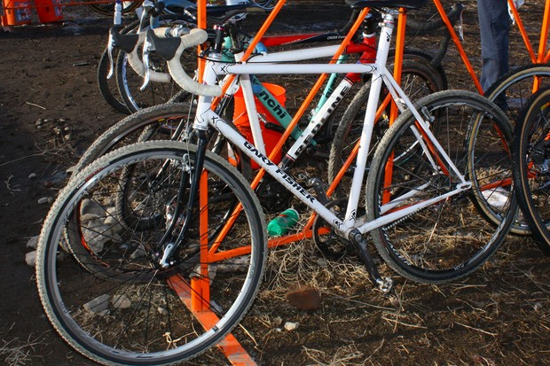 Spotted in the pits at this year's US cyclo-cross national championship was this one-off Gary Fisher belt-drive singlespeed