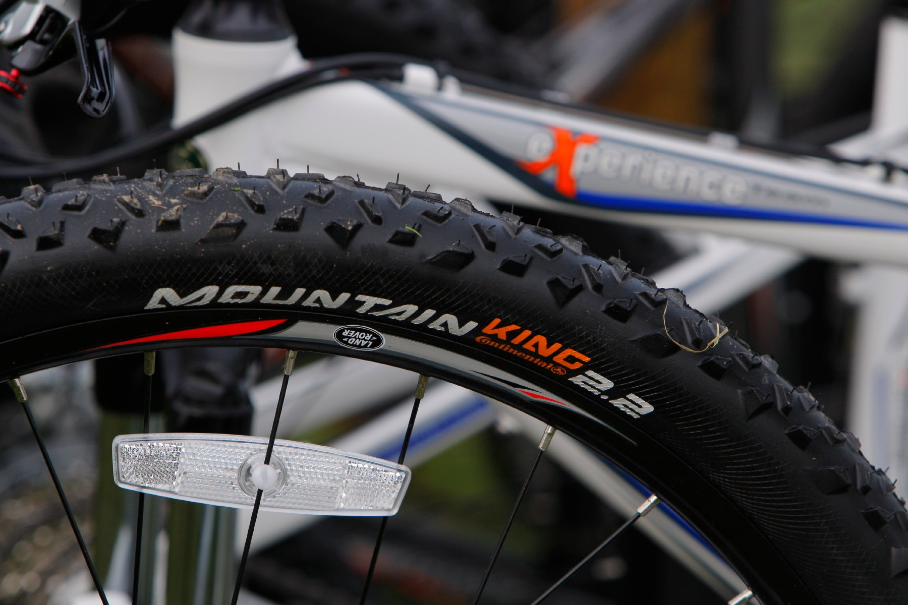 Continental Mountain King tyres are specced for optimum rolling and mud clearing properties