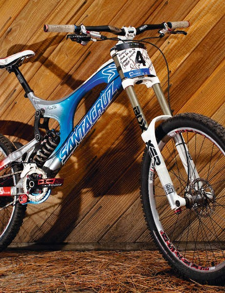 Steve Peat's World Champs Santa Cruz V-10.4