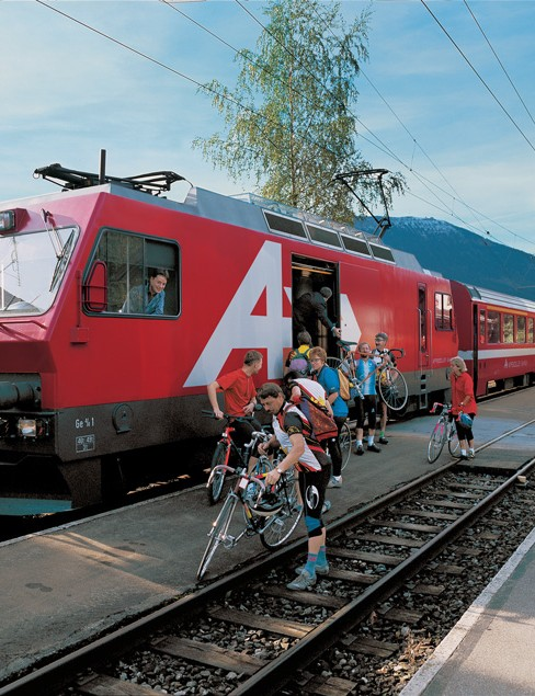 Loading bikes onto the train on Alpine Panorama Route 4