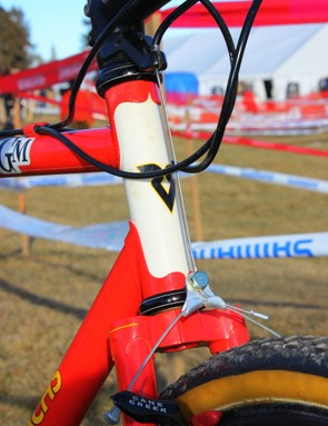 The front end of Timmerman's ride uses a 1in steerer with an external-type headset