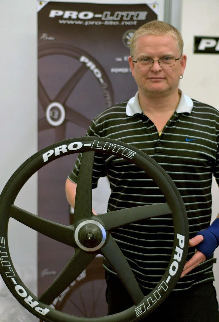 Pro-Lite CEO Steve Fenton with the company's five-spoke carbon wheel