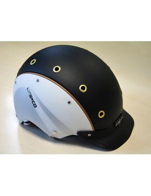Casco E.motion helmet