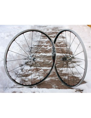 The Shimano Dura-Ace WH-7850-C24-TL clinchers deliver an impeccably smooth ride plus outstanding responsiveness, making for a superb all-around wheelset