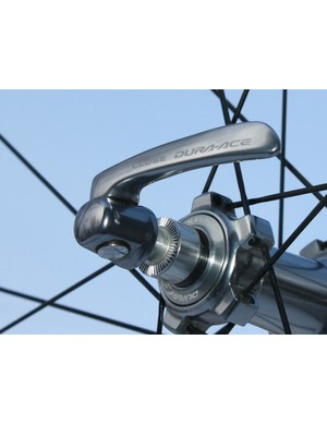 Never underestimate the value of a good quick-release skewer - or the danger of a bad one.  The included Dura-Ace skewers muster up excellent clamp force with just modest effort and the smoothly contoured lever is easy on your hands