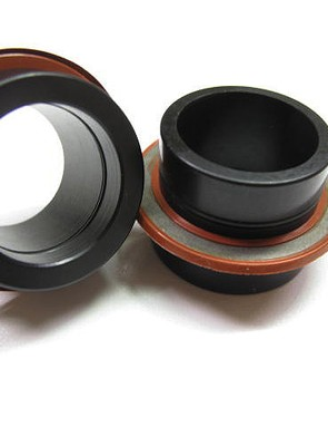 Supplemental low-friction silicone rubber seals provide additional protection to the BB30-sized bearings behind the Enduro adapters