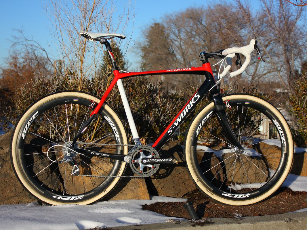 Todd Wells (Specialized) switched from an aluminium frame to a carbon one for the '09-'10 'cross season