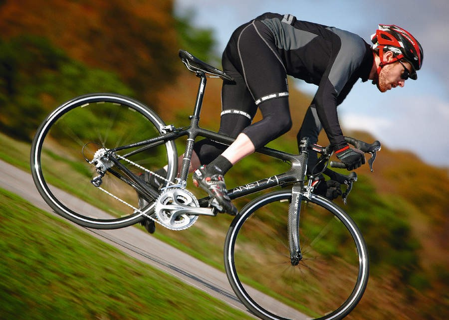 89fe7446c7a If you're looking for a very light bike on a limited budget then the