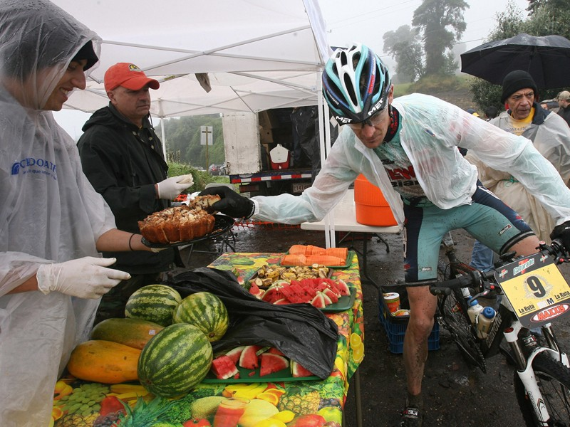 Fruit or cake? It's not a hard decision for one competitor in 2007's La Ruta de los Conquistadores stage race