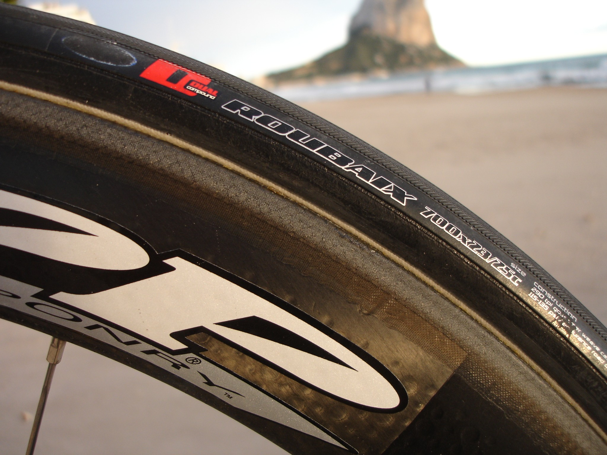 Astana starts the year on the Specialized S-Works Roubaix tyre
