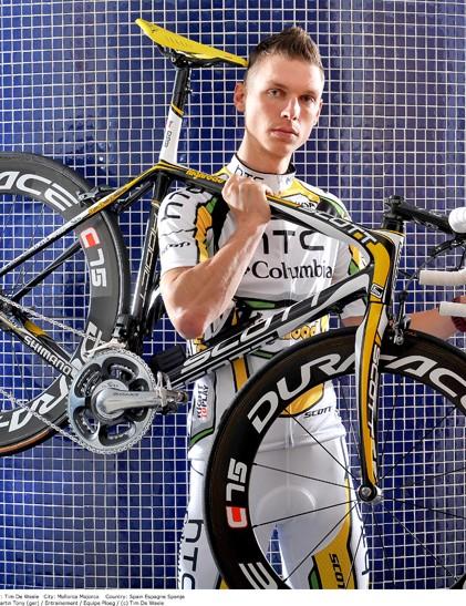 Tony Martin showing off the 2010 HTC-Columbia Scott Addict RC.