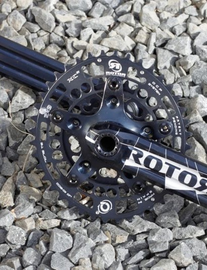 Rotor's 3D MTB crank, with Q-Rings and BB1 ceramic bottom bracket.