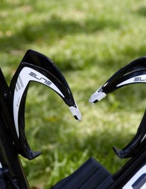 Elite fiberglass bottle cages are popular again, with Team Sky, BMC and Ag2R among the teams running them at the Tour Down Under