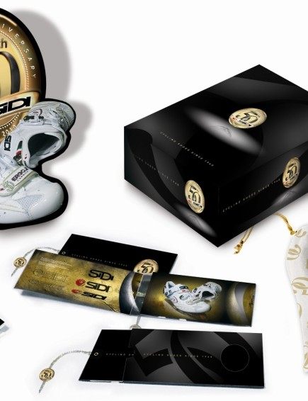 The limited edition shoe comes with complementary packaging.