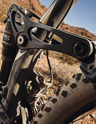 The hydroformed seat tube makes a good  contact point for the BB and rear pivot, which  aids rear stiffness