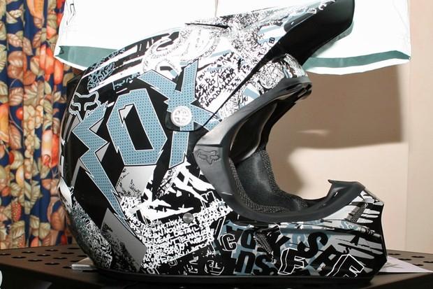Fox V3R full-face helmet