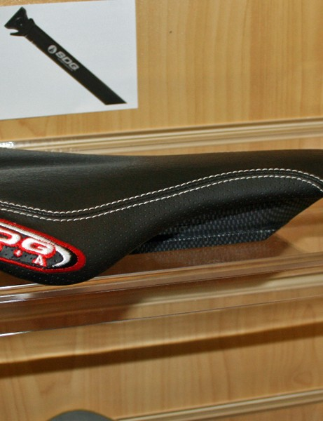 SDG I-Fly saddle