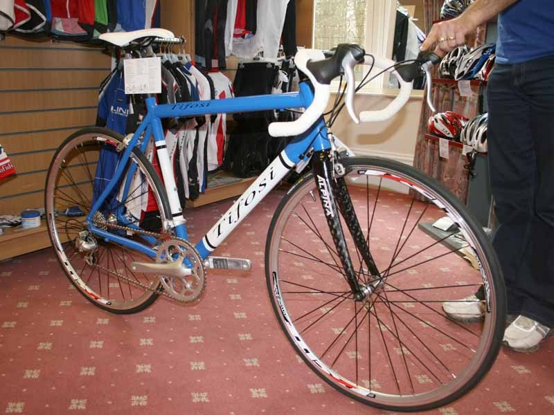 Tifosi CK3 racing bikes are now available in smaller sizes