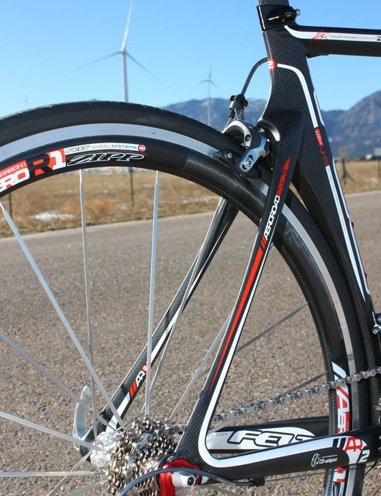 Slender aero stays give the AR a surprisingly smooth and refined ride