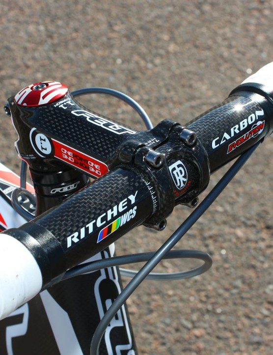 The carbon-wrapped stem nicely complements the aesthetic of the Ritchey carbon bars but the stock stem lengths seem oddly short to us