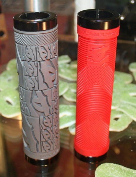 Race Face Strafe lock-on grips