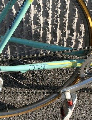 These chainstays look relatively small compared to modern carbon bikes but that didn't stop Pantani from flying up the mountainsides