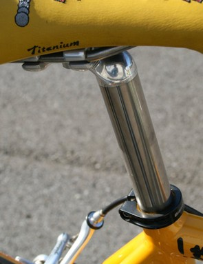 The titanium mast on the Campagnolo Record seatpost is topped by an elegant setback forged alloy head