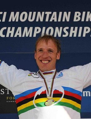 Steve dons the rainbow jersey in Canberra