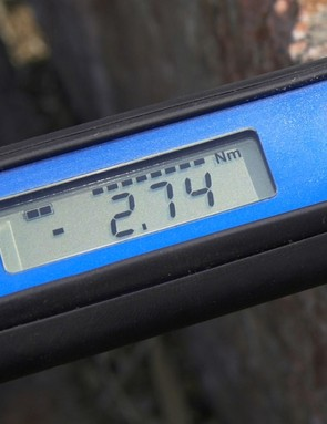 The LCD display on digital wrenches is easy to read and nearly impossible to misinterpret