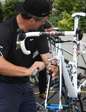Alberto Contador's personal mechanic, Faustino Munoz, uses his torque wrench on virtually every bolt on the 2009 Tour de France champion's rig – including on the brake pad holder as seen here