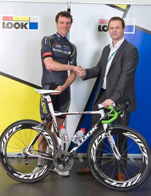Rob Hayles with Endura Racing's LOOK team bike