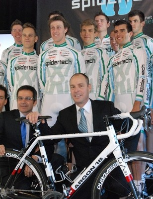 Bauer's 2010 SpiderTech team, presented by Planet Energy.