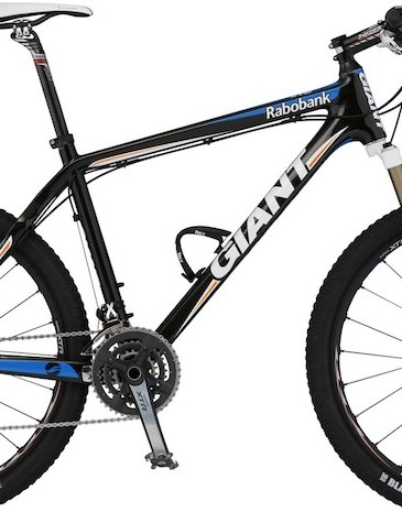The World Cup circuit sometimes still calls for a hardtail, in this case Giant's XtC Advanced SL