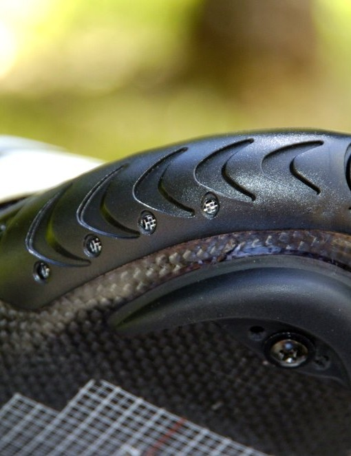 Vents in the toe cap help draw in cooling air