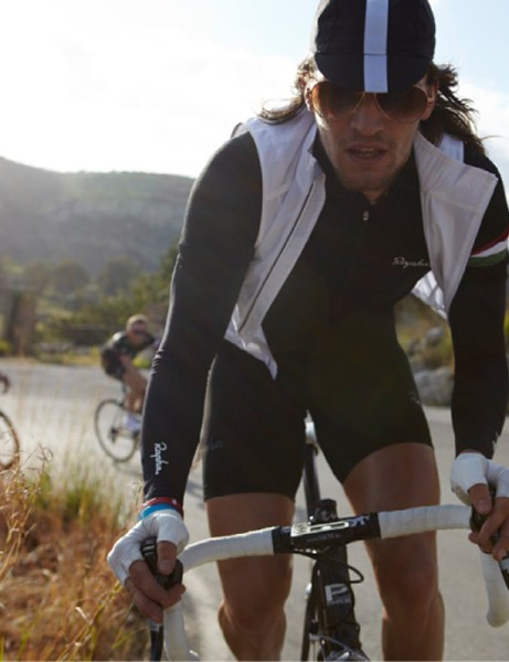 Rapha have unveiled their spring/summer 2010 range