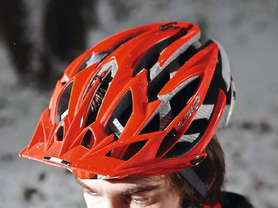 Casco Ares helmet