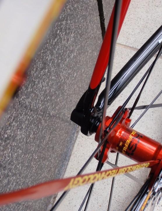 Mavic's Ksyrium ES wheelset keeps everything simple and effective