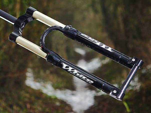 White Brothers Fluid 140 fork