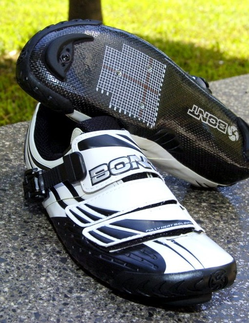 Australian footwear company Bont will supply the Cervelo TestTeam with their ultralight and mega-stiff heat mouldable cycling shoes for the 2010 season