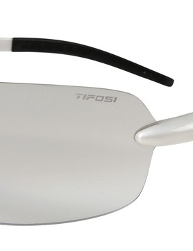 Riders seeking a shield-type single-lens model from Tifosi can opt for the Vogel
