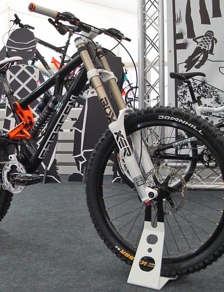 Saracen Myst medium frame downhill bike