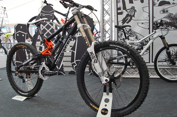Saracen Myst medium frame downhill bike