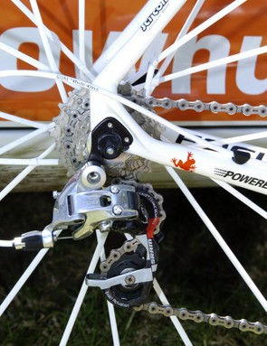 Gore Ride-On cables and housing minimise friction through the long stretches of housing